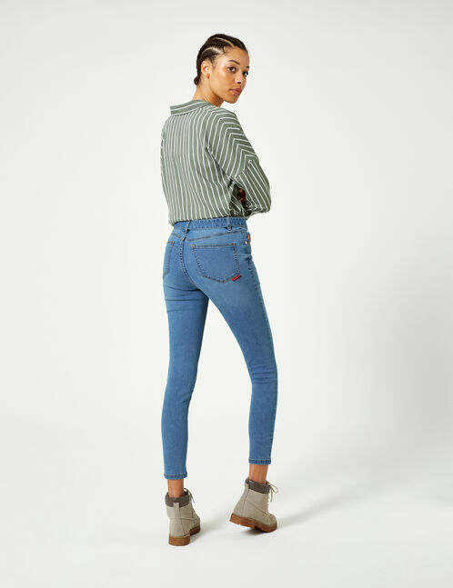 Light blue belted jeans