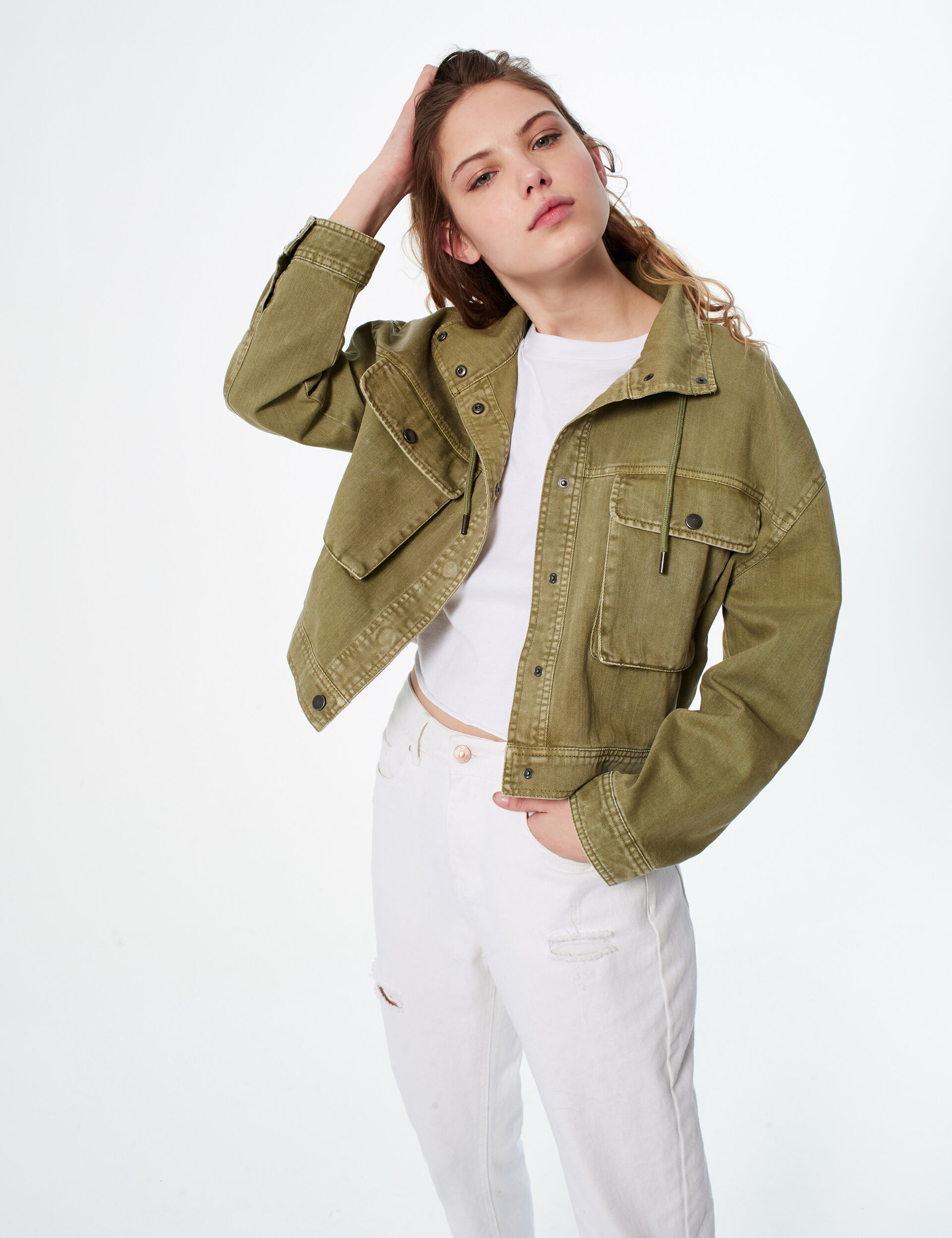 Cropped jacket with pockets