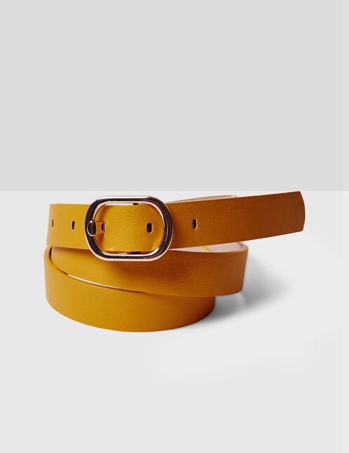 Yellow belt with oval buckle detail