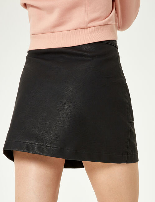 Black press-stud skirt