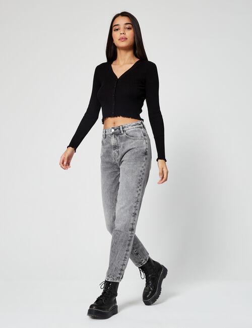 High-waisted mum jeans