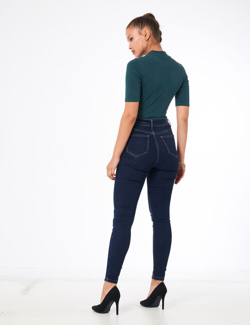Raw denim high-waisted buttoned jeans