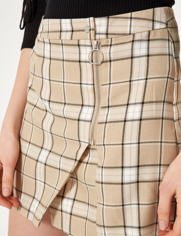 Beige, white and black checked zipped skirt