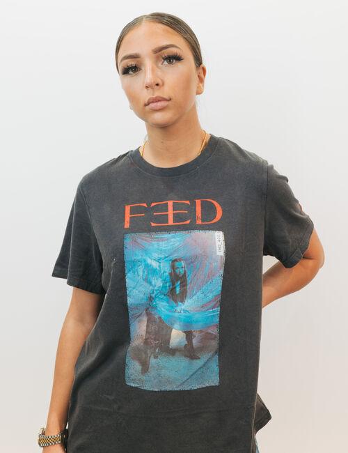 Tee-shirt collector Eva Queen