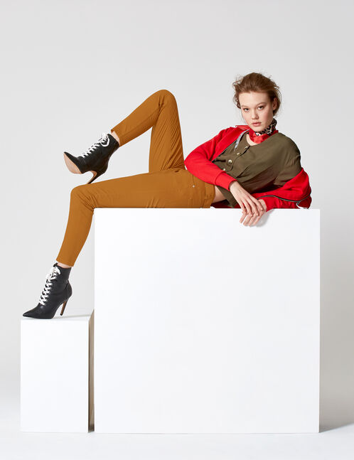 Brown trousers with belt