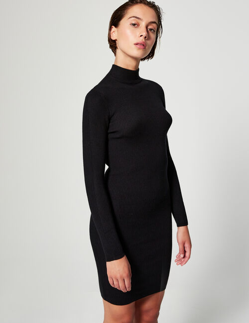 Robe pull col montant