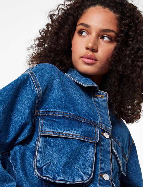 Cropped denim cargo jacket