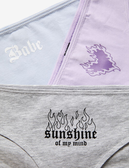 Knickers with motifs