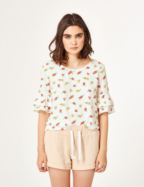 Cream blouse with frilled sleeves
