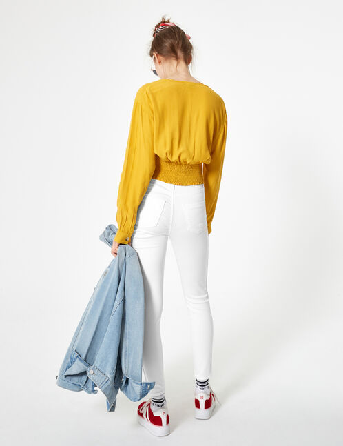 White trousers with side trim detail