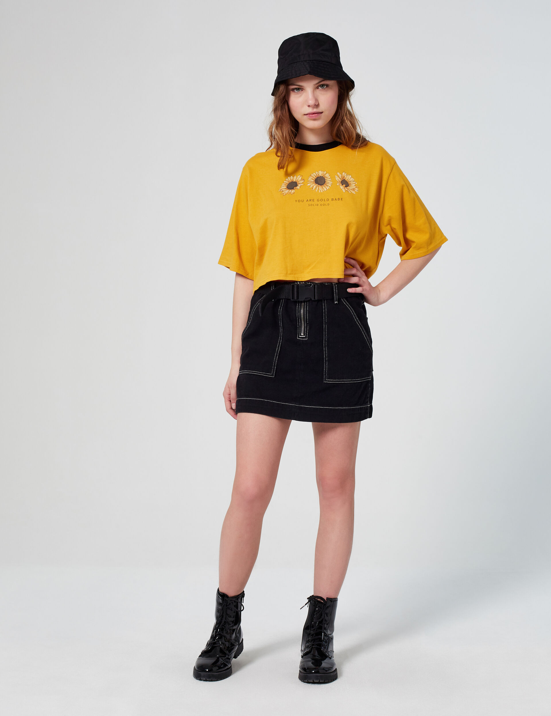 Cropped decorative T-shirt