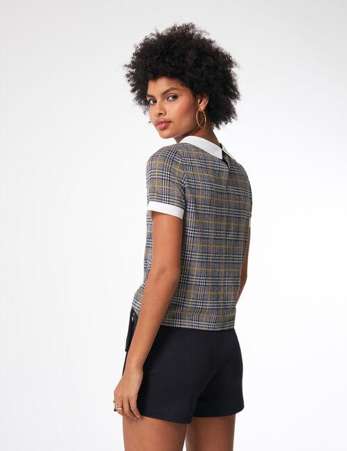 Black miniskirt with belt detail