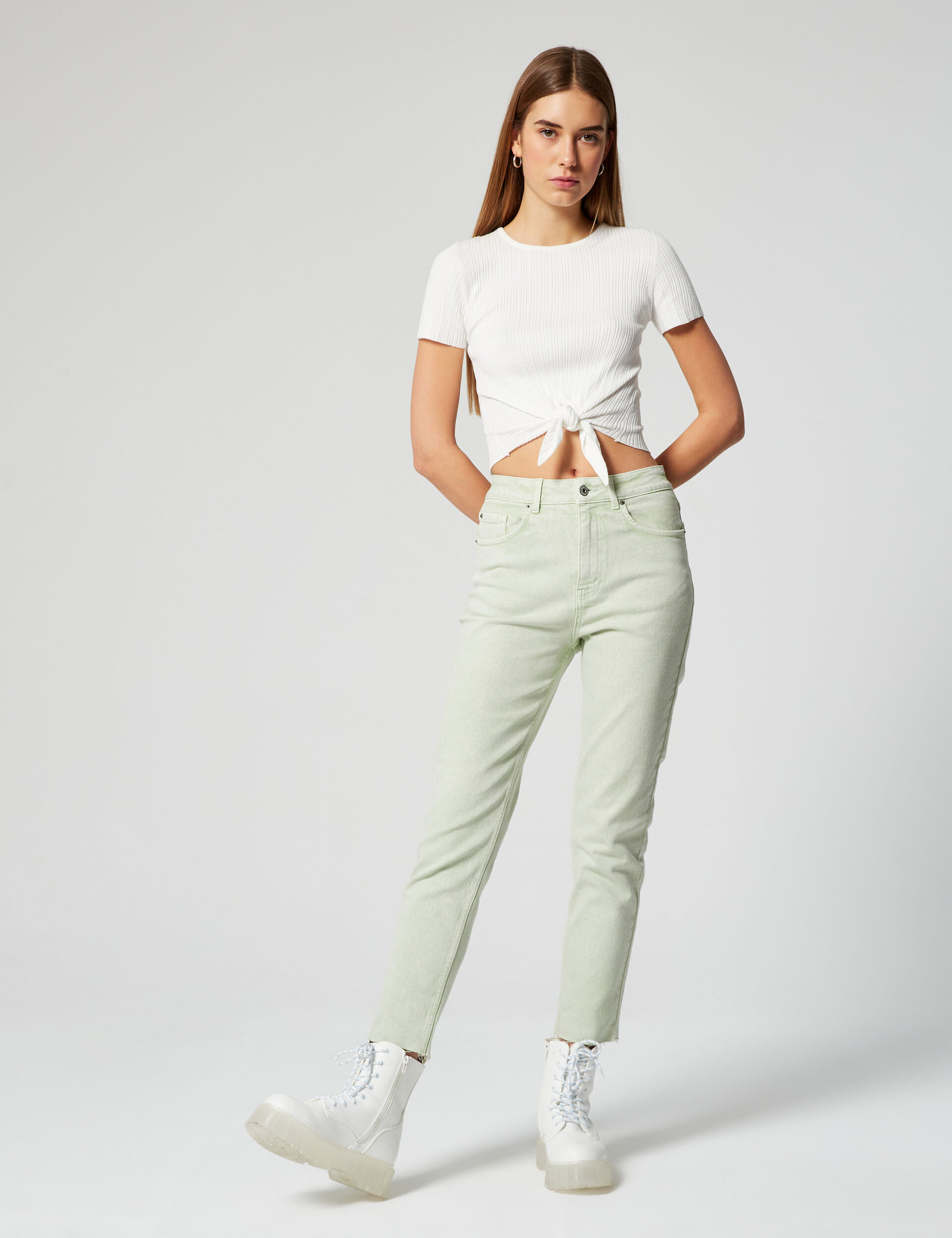 Mom fit trousers