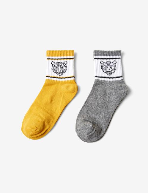 chaussettes tigres jaunes et grises