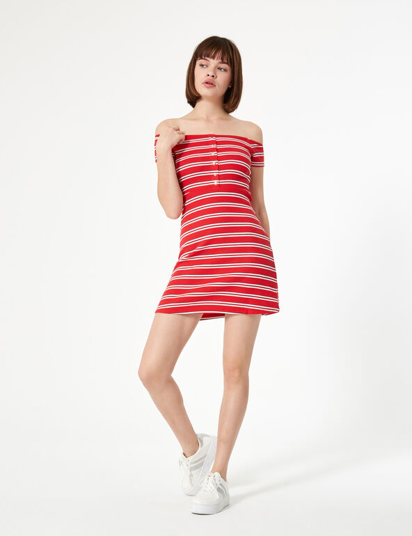 Robe rayée rouge et blanche
