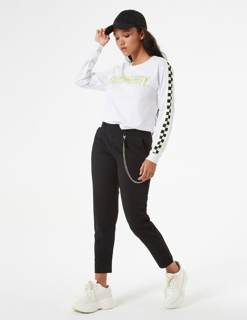 flowing pants with chain