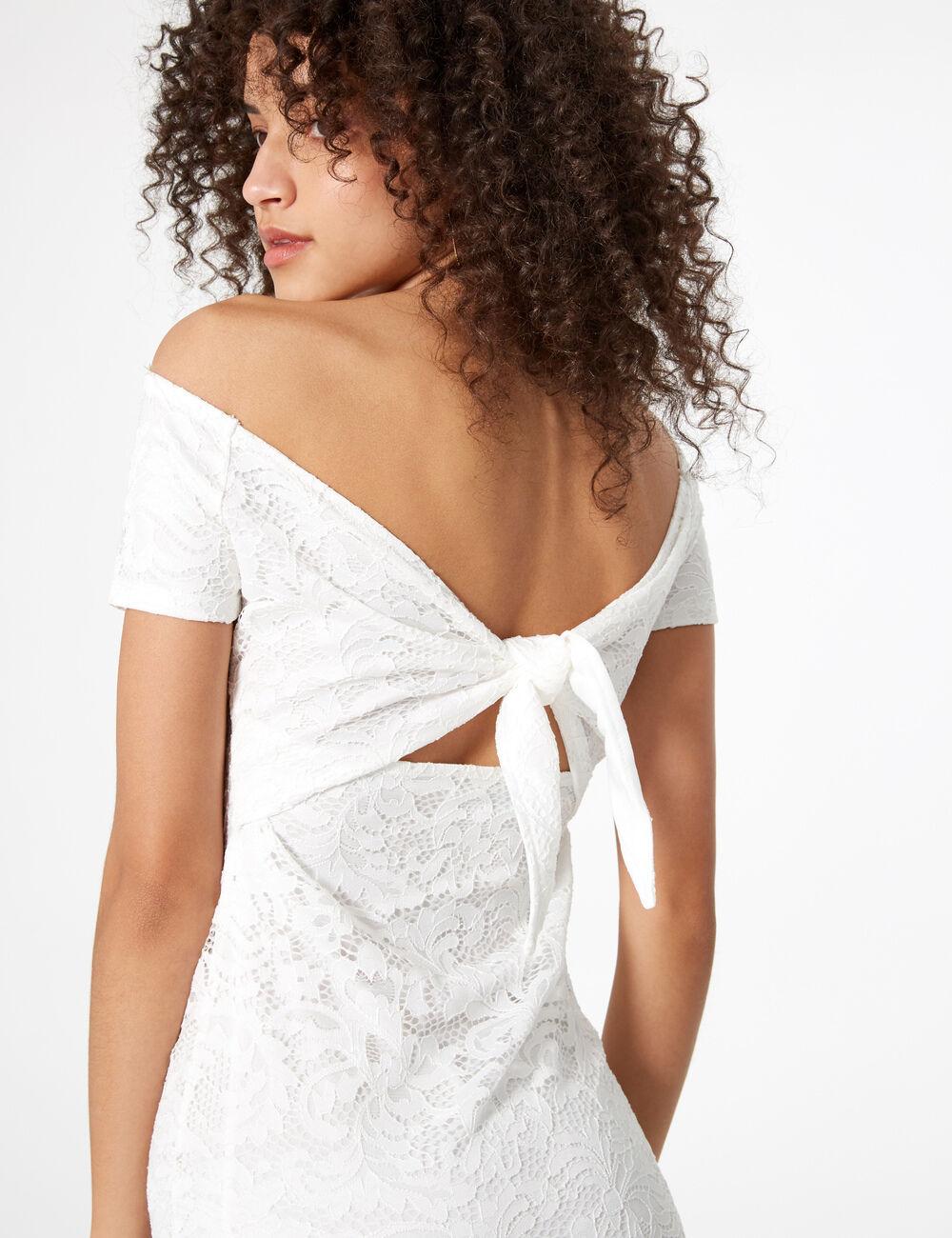 Robes dentelle blanche