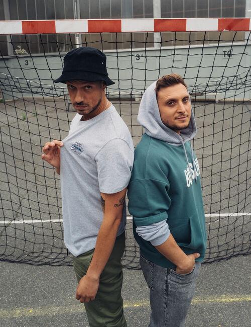 Tee-shirt gris McFly et Carlito