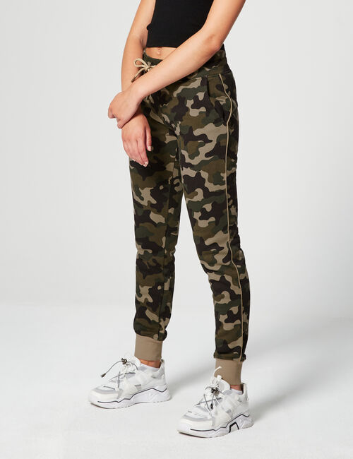 Jogging camouflage