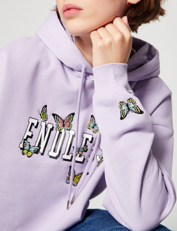 Sweat court papillons