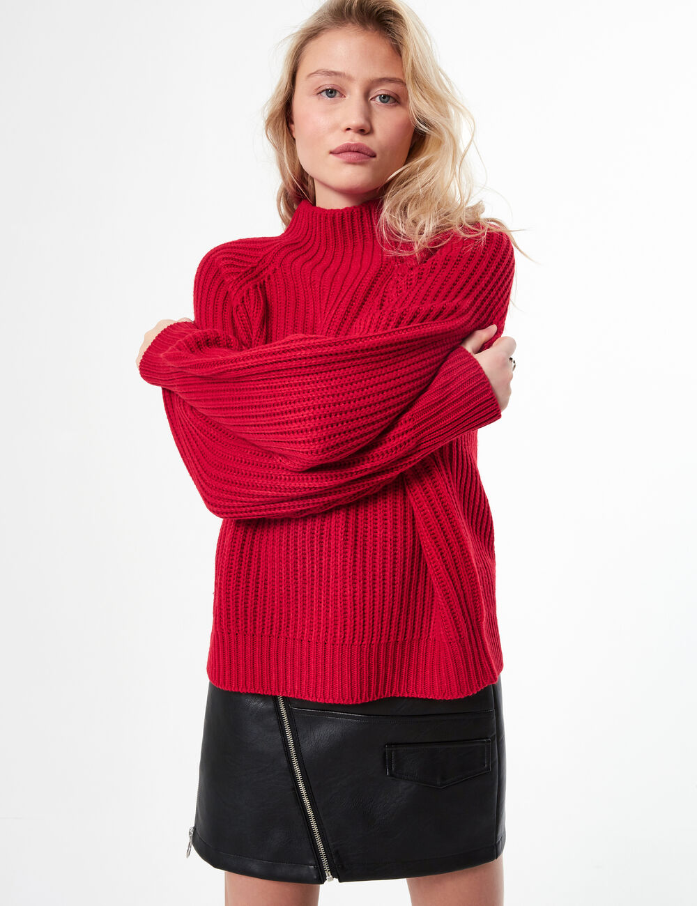 Pull loose col montant