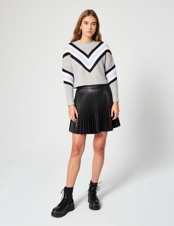 Structured jumper with motifs