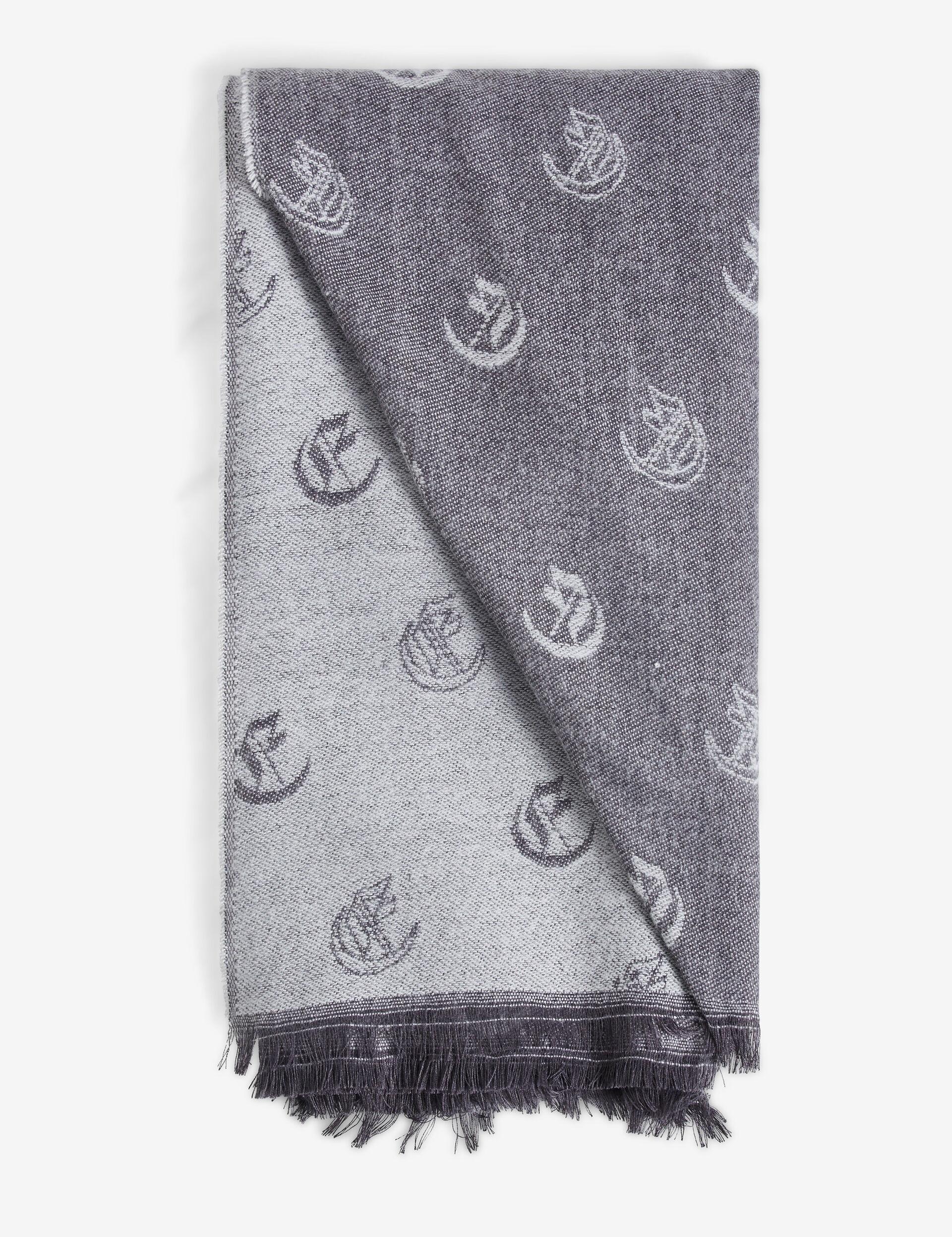 Eva Queen scarf