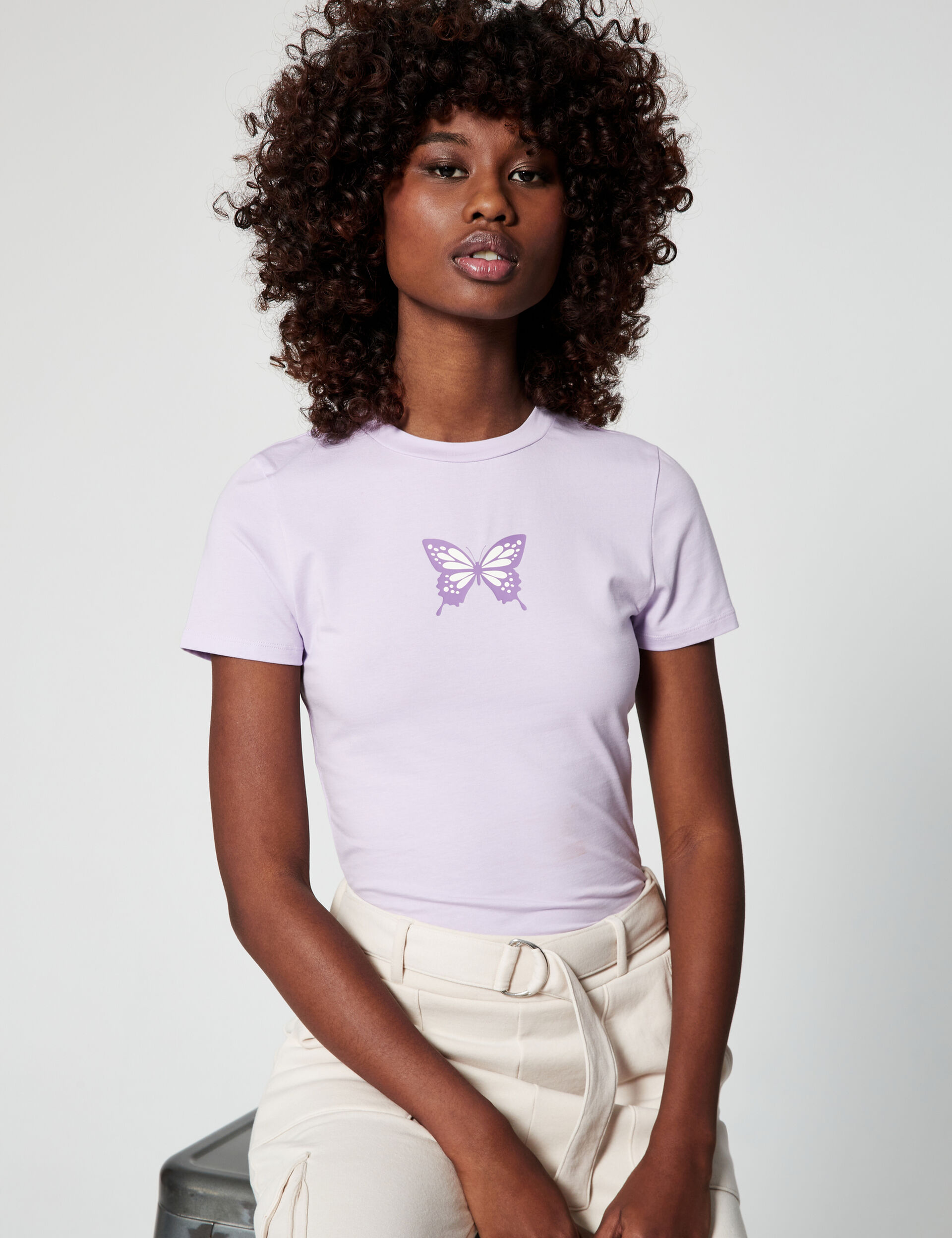Fitted T-shirt with motif